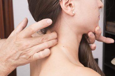 Rimedi per curare il dolore alle cervicali il massaggio